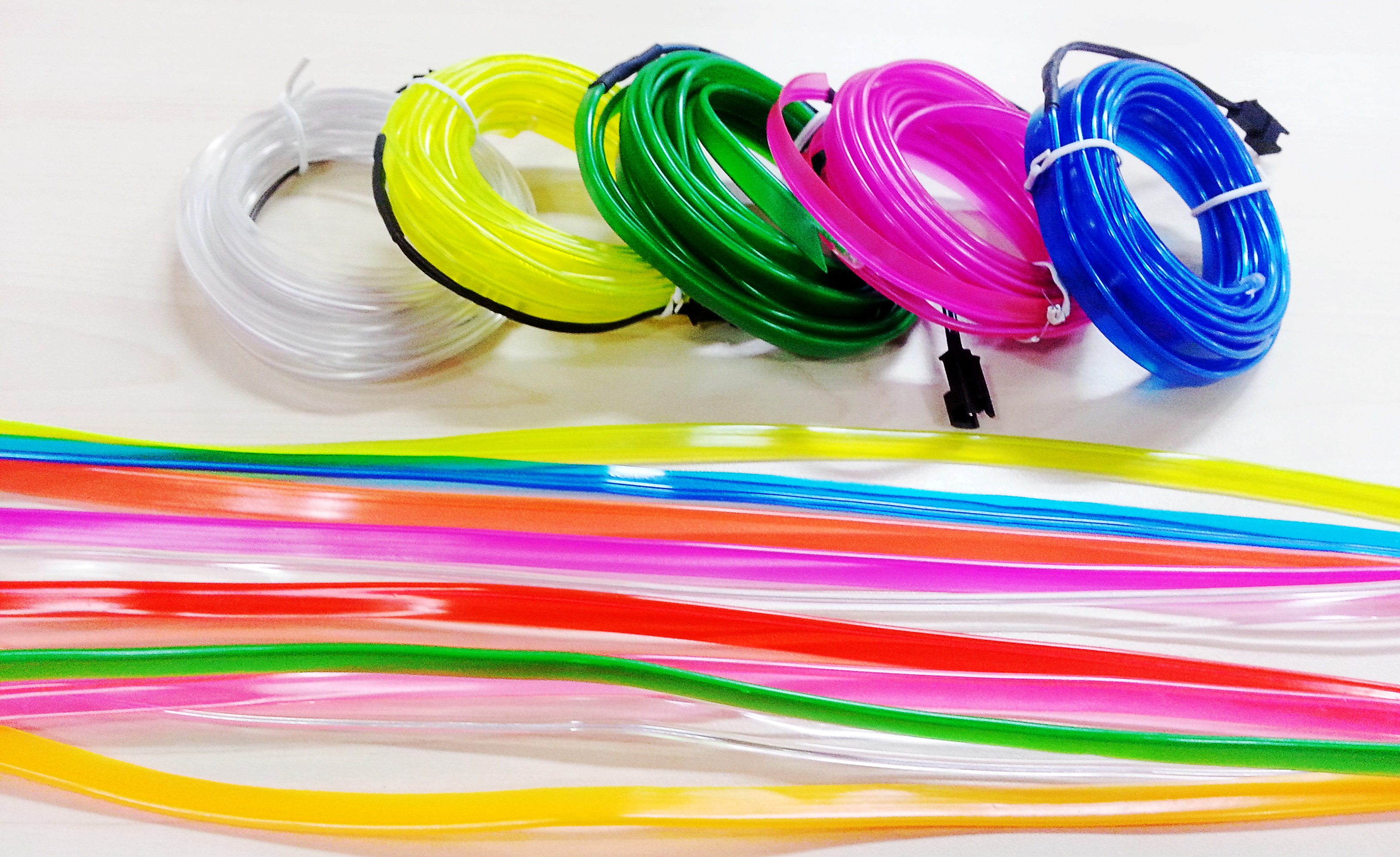Flexible_EL_Wire_Neon_Light_For_Car_Party_lighting_Decoration